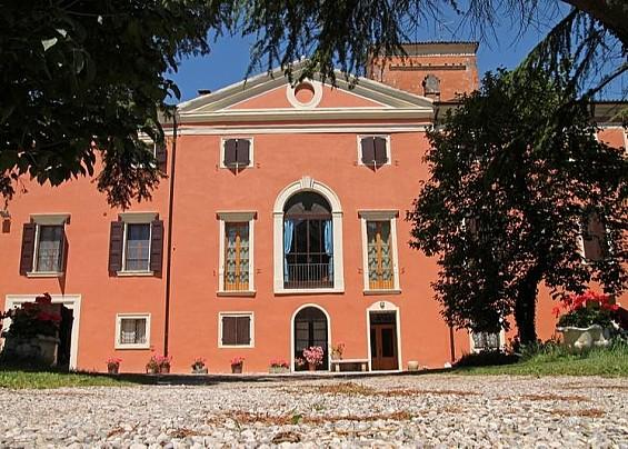 Palazzo Monte Oliveto