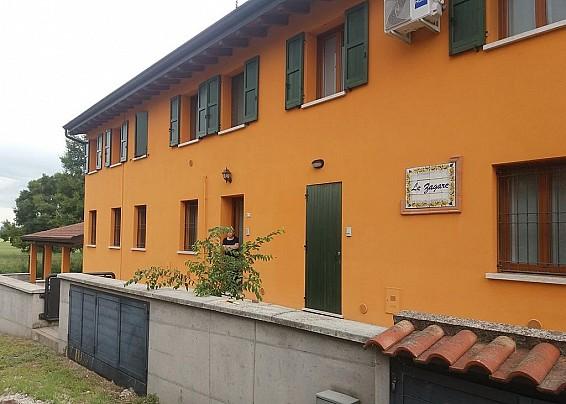"""Residence Sanbrizio """"Corte le Zagare"""""""