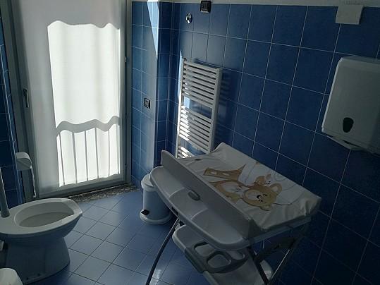Servizi igienici e fasciatoio 1° piano