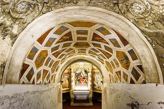 stemma nobiliare piccolomini, chiesa santa maria valleverde