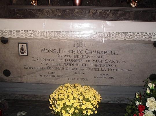 15 sepoltura Gambarelli Albino