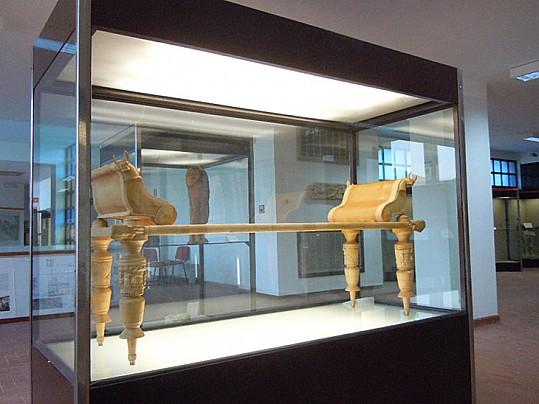 Collelongo-letto-funerario-osso