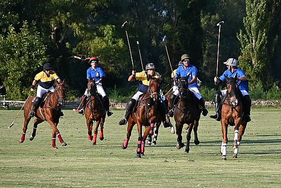 Foto repertorio Italia Polo Challenge Acquedotto-Romano_vs_Nautor-s Swan_foto_A.Fraioli_9149 (2)