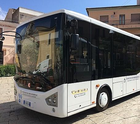 Autobus_Lu_pustali_trasporto_arzachena_cannigione_porto_cervo