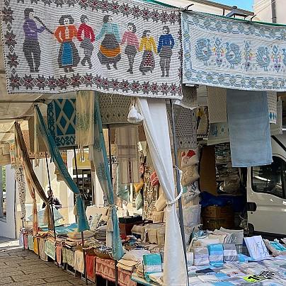 Arzachena, mercatino del mercoledì in centro (2)