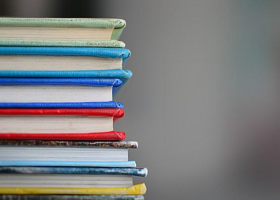 AVVISO PUBBLICO - Contributi per il Diritto allo Studio (Borsa di studio regionale A.S. 2020/2021 e Buono Libri A.S. 2021/2022)