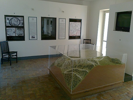 Museo Civico Archeologico_sala I_plastico Norba